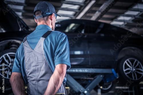 Auto Service Mechanic - 219200242