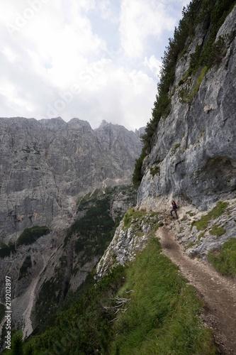 Montañas Dolomitas - 219202897