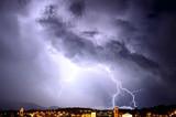 Lightning on the city - 219313434
