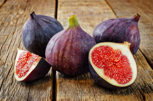 Fresh Figs fruits - 219630810