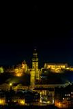 Burg Burghausen mit Kirche Bei Nacht