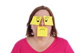 expression femme avec papiers bureaux pense-bête dessinés - 219705028