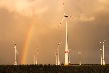 Rainbow and Windmills © Mattis Kaminer