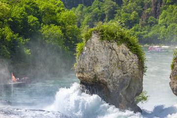 Fels im Rheinfall
