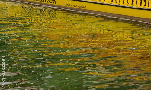 canvas print picture Farbenspiel im Wasser