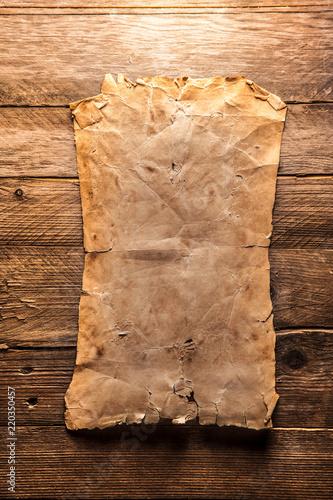 Vintage blank paper - 220350457