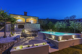 House and swimming pool - 220384010