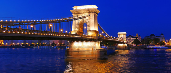 The Chain Bridge over the Danube in Budapest, Hungary © Dronandy