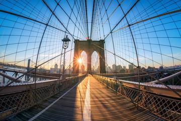 Brooklyn Bridge in New York City, USA © eyetronic