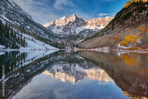 Maroon Bells and Maroon Lake landscape - 220512224