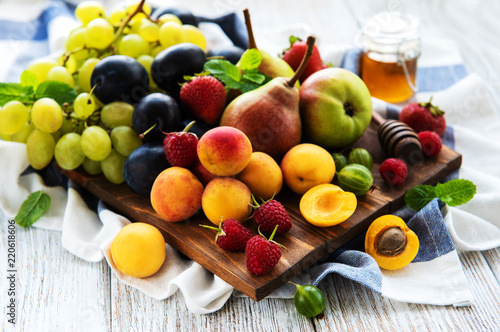 Fresh summer fruits - 220618606