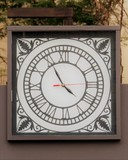 clock with hour marker in Roman numerals - 220701410