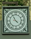 clock with hour marker in Roman numerals - 220701418