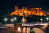 Das Heidelberger Schloss bei Nacht - 221117692