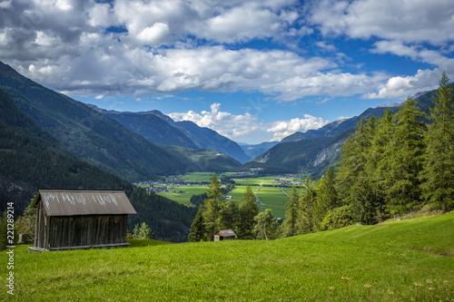 Wanderung zur Hängebrücke Längenfeld im Ötztal, Tirol, Österreich