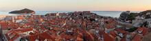 "Постер, картина, фотообои ""Dubrovnik Panorama von Nordseite der Stadtmauer sonnenuntergang"""