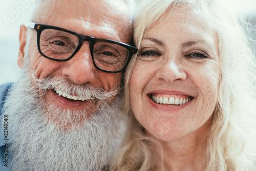 Leinwanddruck Bild Senior couple lifestyle moments at home