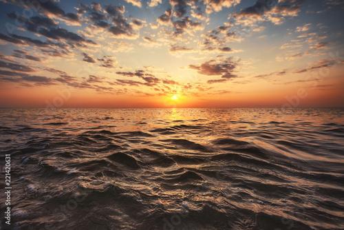 Foto Murales Beautiful sunrise over the sea