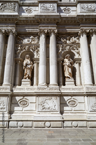 Baroque, white architecture with ancient statues and columns background in a sunny day in Italy - 221470649