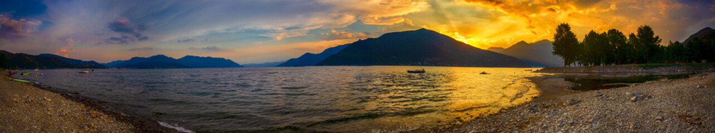 Sonnenuntergang über dem Lago Maggiore, Italien