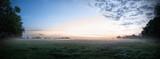 Panorama mit Sonnenaufgang, Wolken, Nebel