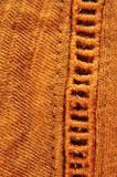 macro avec broderie et tricot moutarde - 221615022