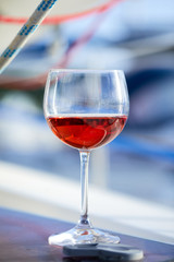 glasses of wine © fox17
