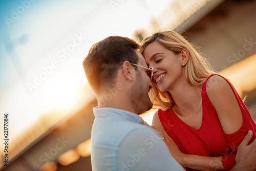 Foto Murales Lovely happy couple