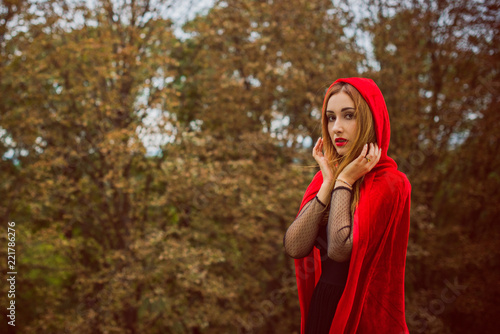 0e39beae00 Beautiful and simple costume of little red hood. Mysterious hooded lady
