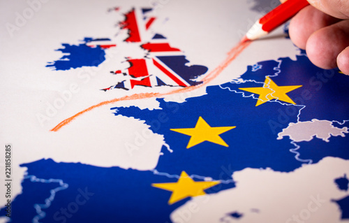 Leinwandbild Motiv Hand drawing a red line between the UK and the rest of the European Union. Concept of Brexit. The UK is thus on course to leave the EU on 29 March 2019