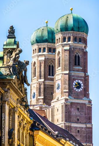 Leinwanddruck Bild Famous Munich Cathedral - Liebfrauenkirche