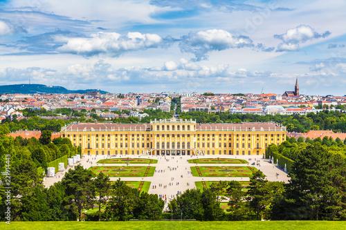 Leinwanddruck Bild Schönbrunn Palace, Vienna, Austria