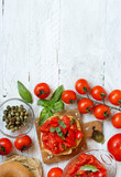Frisella seasoned with tomatoes and herbs - 221971044