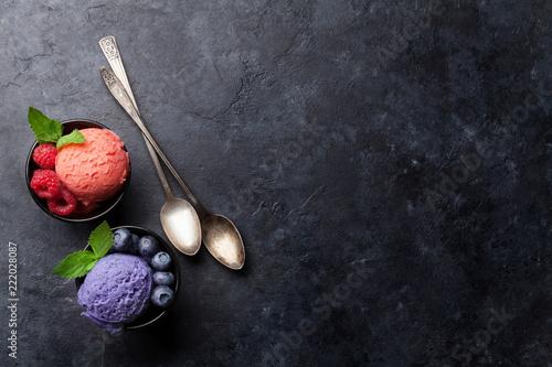 Leinwandbild Motiv Ice cream with berries