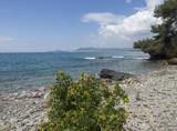 Saint-Cyr-sur-Mer dans le département du Var. La baie des Lecques. Plage de la Madrague. Vue sur la Ciotat.
