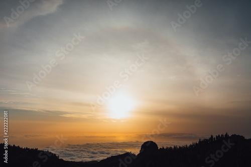 Foto Murales sun halo natural background