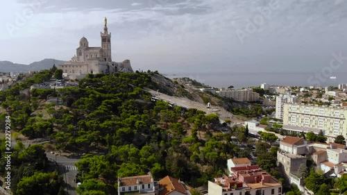 Sticker Notre Dame de la Garde - Marseille vue aérienne 4K