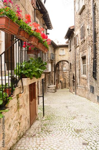 Fototapeta Alley of Scanno (Italy)