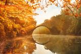 Rakotzbrücke see im Herbst Nebel Sonnenschein Guten Morgen Orange Mystisch Gedicht Abenteuer - 222507200