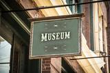 Schild 320 - Museum - 222594857