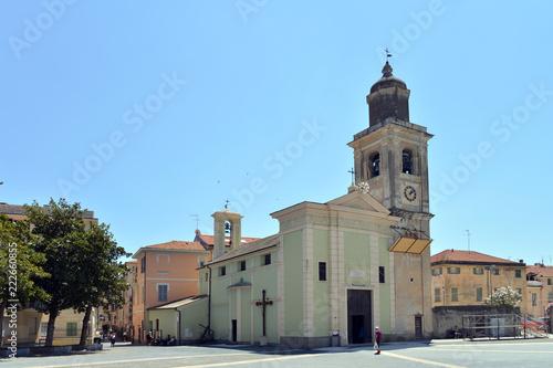 veduta panoramica di alcuni angoli di Loano, Liguria, Italia - 222660855