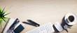 Leinwanddruck Bild - Heller Holz-Schreibtisch mit Leerfläche Querformat