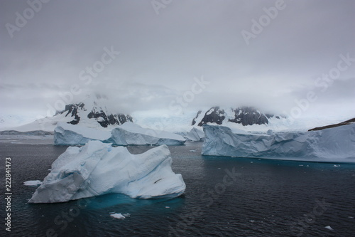 Antarktis- Eisberg