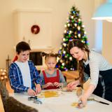 Family baking on Christmas eve - 222851031