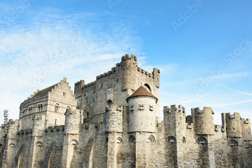 Leinwanddruck Bild Medieval castle Gravensteen (Castle of the Counts) in Ghent, Belgium.