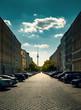 Die Grenzstrasse  in Berlin Mitte mit Blick auf den Fernsehturm am Alexanderplatz