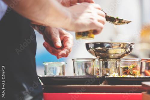 Vegetarischer salat zubereitung (Probier Portionen)