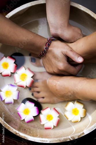 Masaż kąpieli stóp