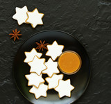 Christmas ginger biscuits in the form of snowflakes. - 222997874
