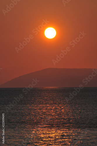 Sonnenuntergang an der Makarska Adria - 223019695